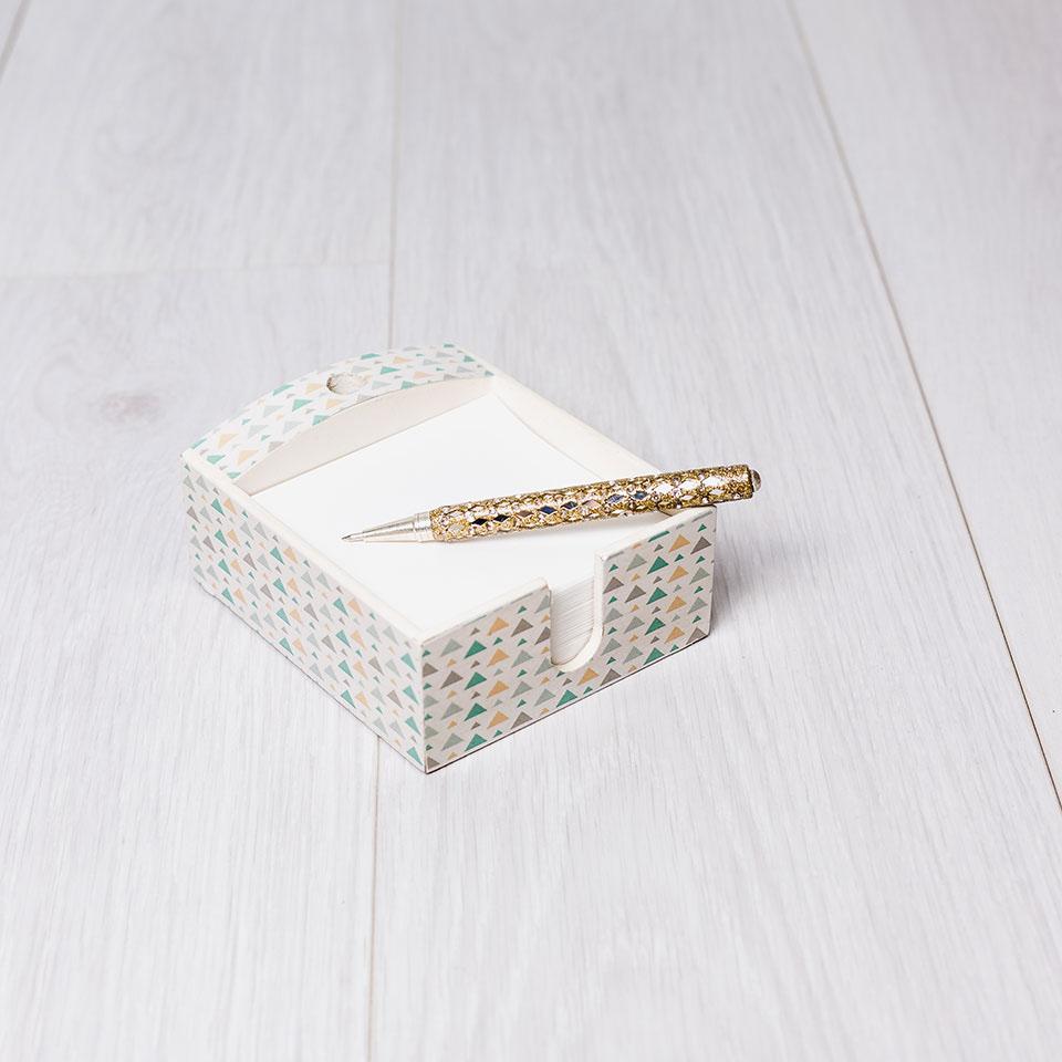 caja de notas